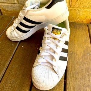 Adidas Superstar Sneakers Male US 6 / Female US 8
